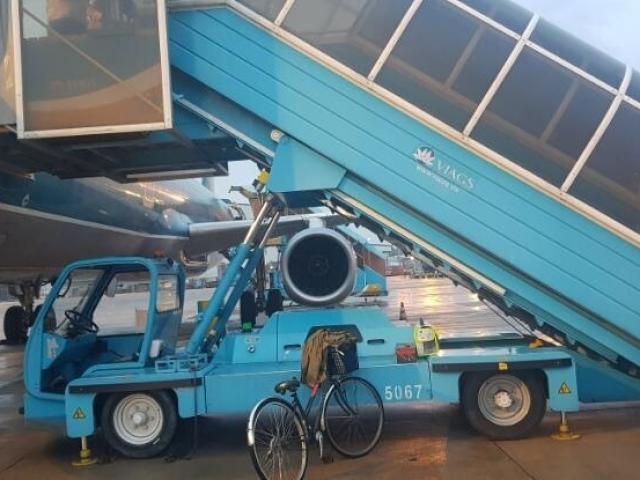 Nữ hành khách trượt chân tử vong ở xe thang máy bay, Vietnam Airlines lên tiếng