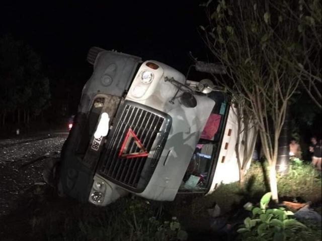 Nguyên nhân vụ tai nạn xe container lật, đè chết 3 người ở Quảng Ninh