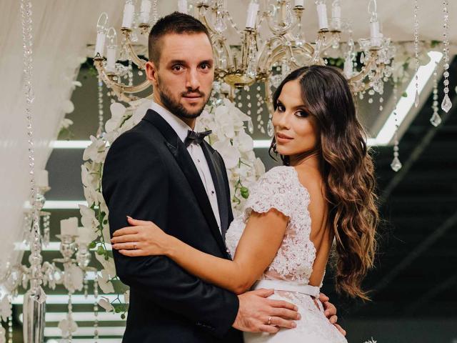 SAO thứ 3 mắc Covid-19 từ giải của Djokovic, vợ đẹp mang bầu lây bệnh