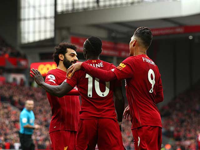 Man City đại thắng: Chelsea sẽ giúp Liverpool lập kỷ lục đăng quang sớm nhất?
