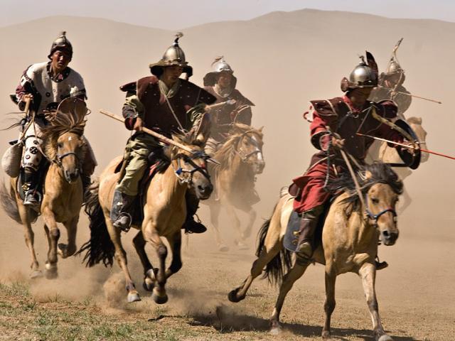 Mối nhục Tĩnh Khang: 2 vua TQ bị ngoại bang đày đọa, nỗi uất hận đi vào kiếm hiệp Kim Dung
