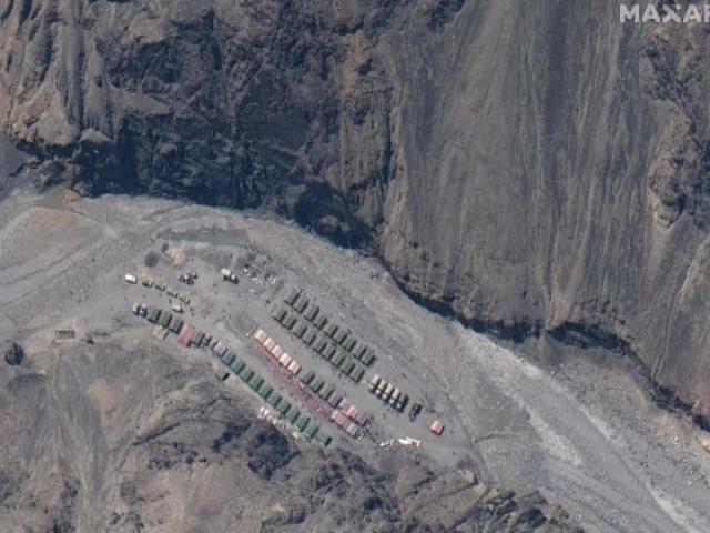 Ấn Độ tố Trung Quốc dàn quân ở biên giới tranh chấp