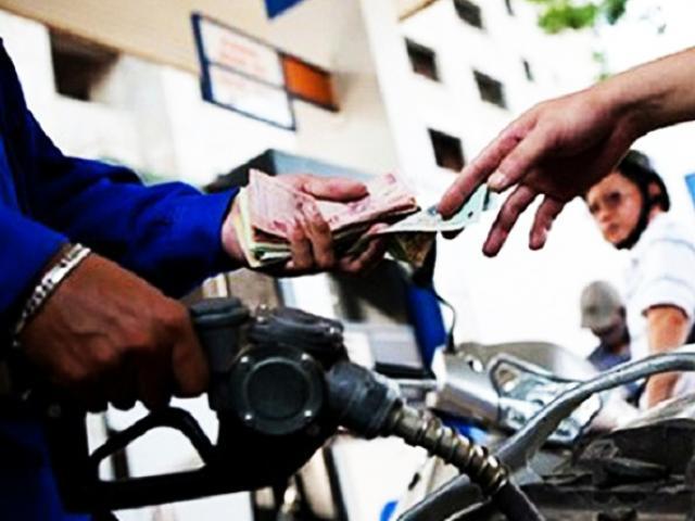 Giá xăng dầu hôm nay 27/6: Giá xăng tại Việt Nam sẽ tăng vào chiều nay?