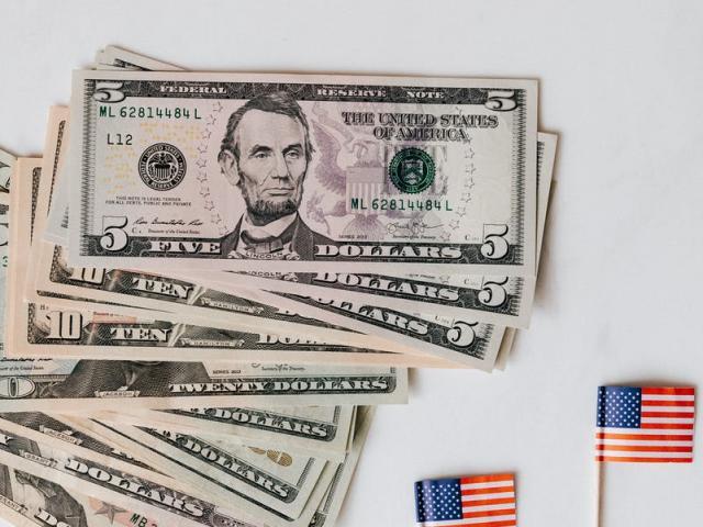 Tỷ giá USD hôm nay 28/6: Nhiều bất ổn, nhà đầu tư vẫn tìm đến đồng bạc xanh