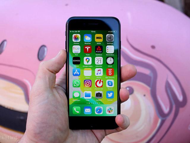 """Chiếc iPhone này giá chỉ dưới 6 triệu đồng, nhưng vẫn """"xưng bá"""" hiện nay"""