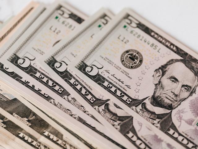 Tỷ giá USD hôm nay 29/6: Áp lực bủa vây, USD đi xuống