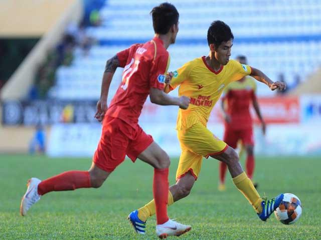 """Trực tiếp bóng đá Nam Định - SLNA: Văn Đức xuất trận, đội khách tự tin tại """"chảo lửa"""" Thiên Trường"""