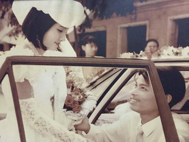 Câu chuyện cảm động sau những bức hình cưới ngày xưa