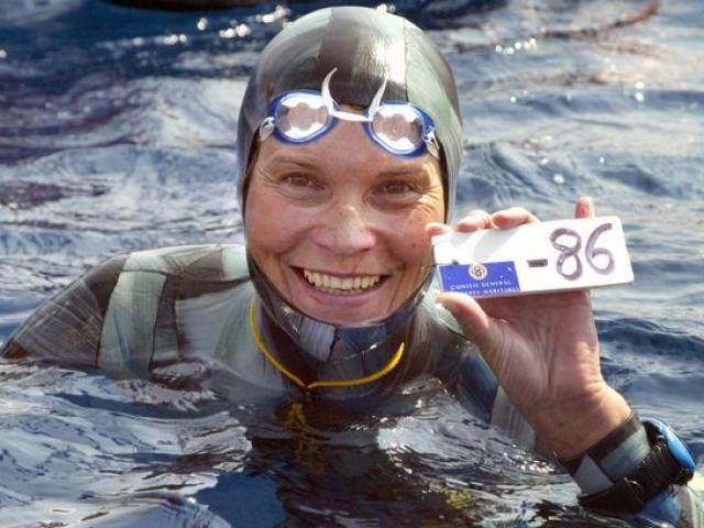 Sinh nghề tử nghiệp: Kỷ lục gia lặn chết ở biển khơi