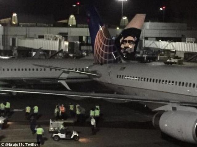 Hai máy bay chở 351 khách đâm nhau tại sân bay Mỹ
