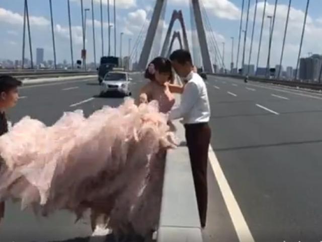 """Clip: Leo cầu Nhật Tân chụp ảnh, cô dâu giỡn mặt """"tử thần"""""""