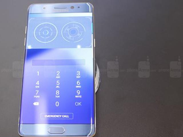 Smartphone gần 40 triệu đồng của Samsung đẹp mê hồn