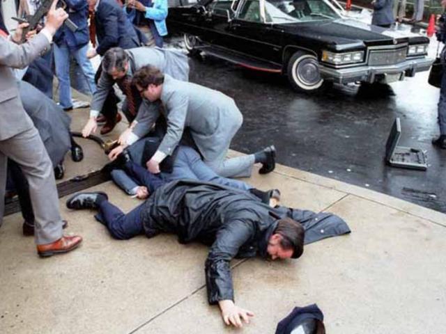 Ảnh hiếm: Toàn cảnh vụ ám sát Tổng thống Mỹ Reagan