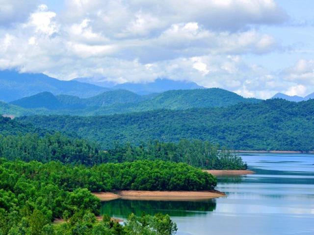 """Hồ Phú Ninh- """"thiên đường"""" vẫn còn là ẩn số ở Quảng Nam"""