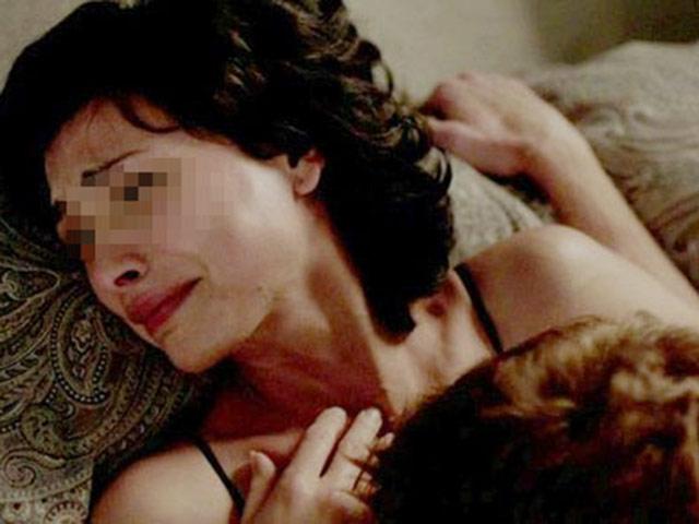 """Đau đớn tủi nhục người vợ phải che mặt khi chồng """"yêu"""""""