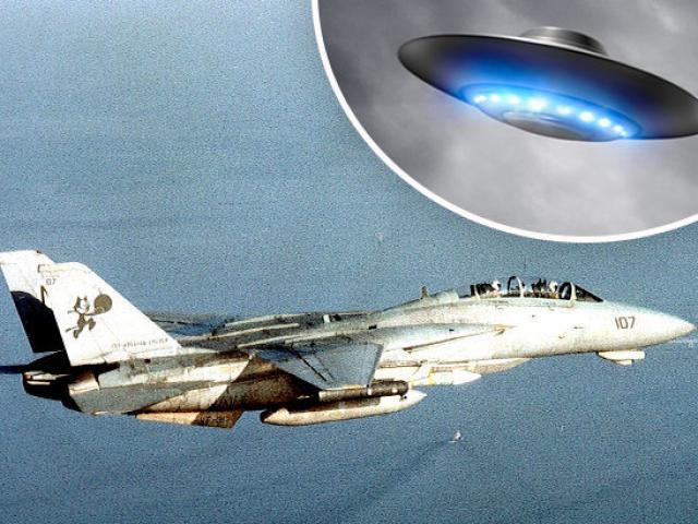 Chiến đấu cơ Anh-Mỹ từng truy lùng UFO suốt 90 phút