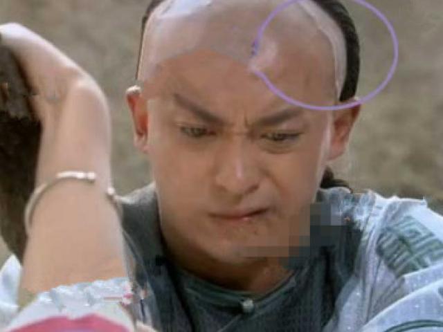 """""""Tân Hoàn Châu cách cách"""" quá nhiều lỗi phim ngớ ngẩn"""