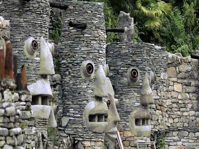 Cụ ông xây dựng lâu đài khổng lồ qua giấc mơ thời thơ ấu