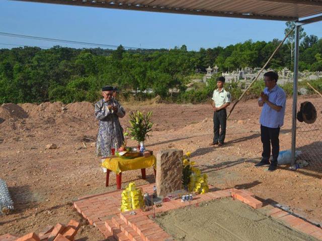 Tân Chủ tịch TT Huế nhận lỗi vụ san ủi mộ vợ vua Tự Đức