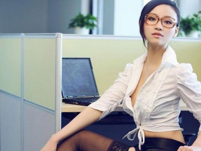 Cô thư ký trẻ đẹp, đa tình sẵn sàng phục vụ chồng tôi