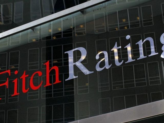 Fitch bất ngờ rút đánh giá tín nhiệm Vingroup, cổ phiếu VIC ra sao?