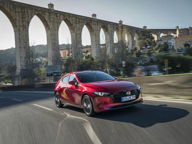Mazda 3 2019 công bố giá bán chính thức tại Malaysia từ 782 triệu đồng với 03 phiên bản