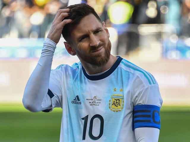 Messi lần thứ 2 bị đuổi sau 824 trận: Đoạn kết 14 năm, vết xước của huyền thoại