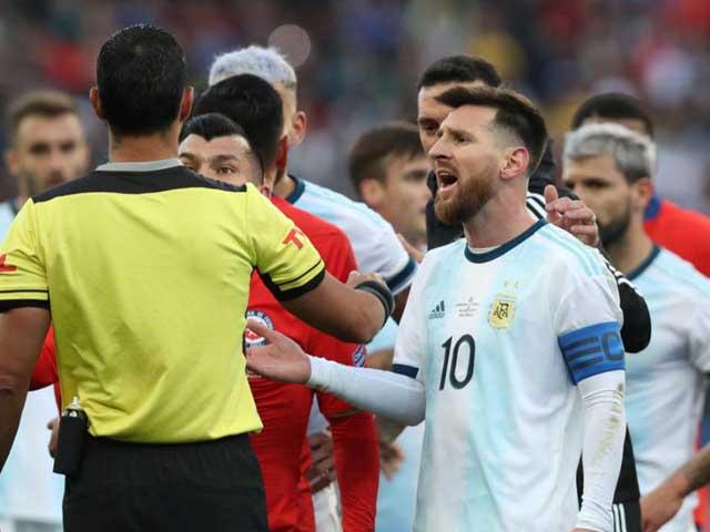 Messi gây thù chuốc oán Nam Mỹ: Sau nguy cơ án phạt nặng lại đón tin cực buồn