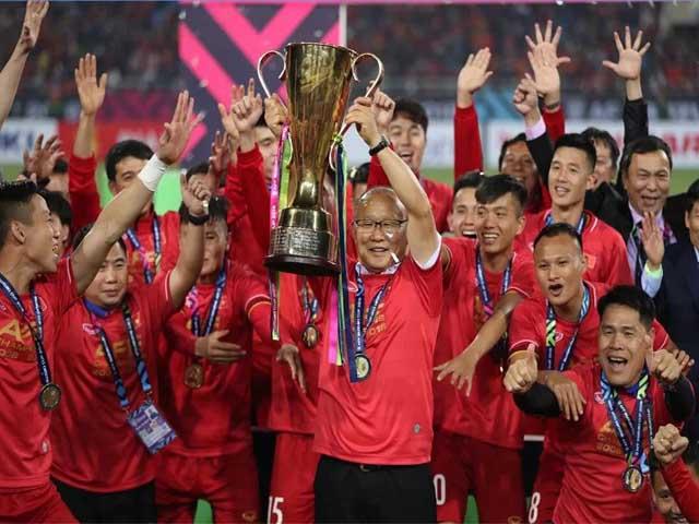Việt Nam đụng UAE, Thái Lan: Thầy Park đấu trí á quân World Cup & dàn siêu HLV