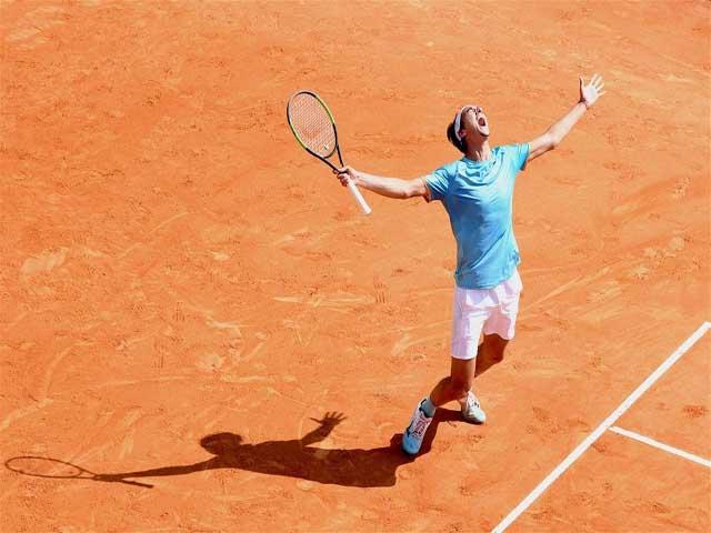 """Djokovic - Federer chào thua: 8 lần thoát """"lưỡi hái tử thần"""" để thắng"""