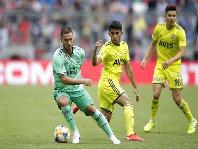 Real Madrid - Fenerbahce: Hat-trick siêu sao, rượt đuổi hấp dẫn
