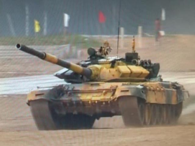 Chùm ảnh: Đội tuyển xe tăng Việt Nam thi đấu ngày đầu tiên tại Tank Biathlon