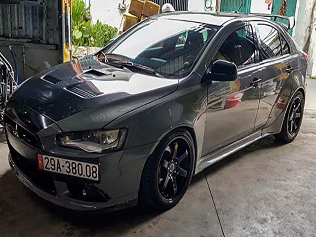 """Hàng """"độc"""" Mitsubishi Lancer Ralliart Sportback xuất hiện tại TP.HCM"""
