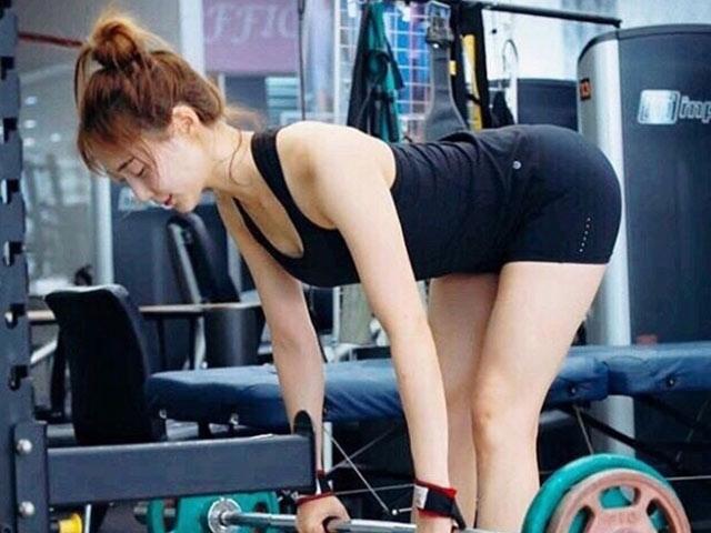 Ít ai tin quá khứ béo phì của hot girl phòng tập Hàn khiến dân tình ùn ùn đi tập gym