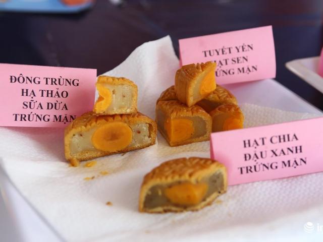 Hà Nội: Bánh Trung thu bán sớm... ế ẩm