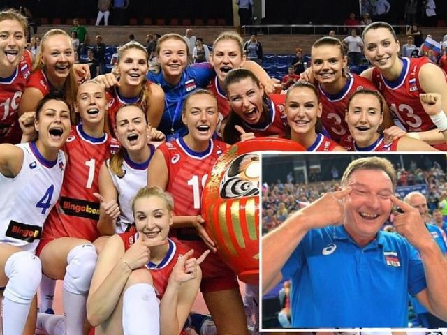 Dàn chân dài bóng chuyền Nga đả bại Hàn Quốc: HLV ăn mừng phản cảm gây sốc