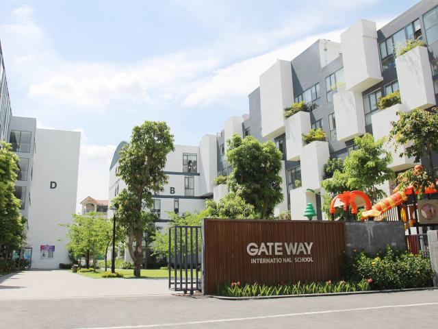 Trường Gateway họp phụ huynh sau vụ việc nam sinh lớp 1 tử vong