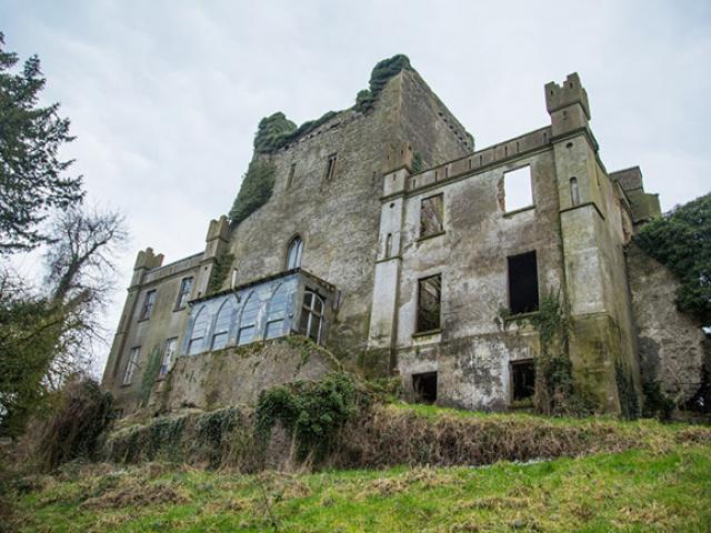 Những lâu đài thời trung cổ gây ám ảnh cho mọi du khách