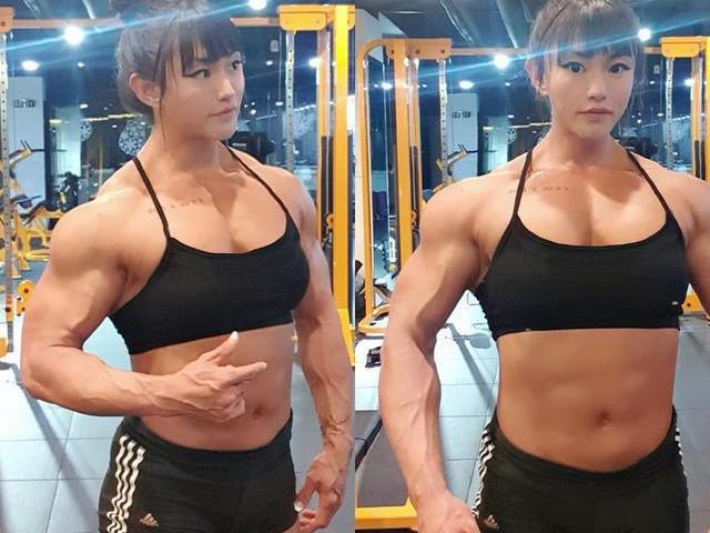 """Nữ VĐV thể hình cơ bắp """"ngoài hành tinh"""": Nhiều nam nhi phải """"hổ thẹn"""""""