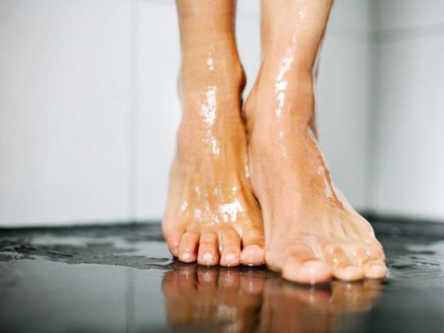 15 thói quen vệ sinh cơ thể hại sức khỏe khủng khiếp nhiều người vẫn vô tư mắc