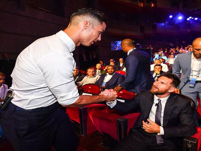 """Ronaldo """"nhớ"""" Tây Ban Nha và Messi: Nói gì về bốc thăm vòng bảng Cúp C1?"""