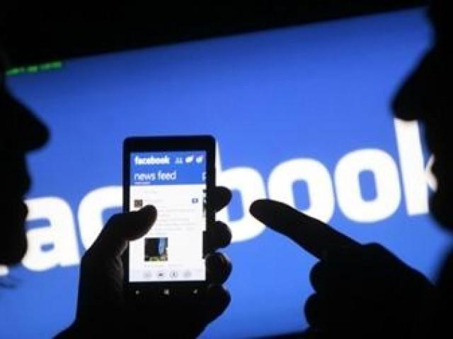 Điểm lại những bê bối lộ thông tin người dùng của Facebook