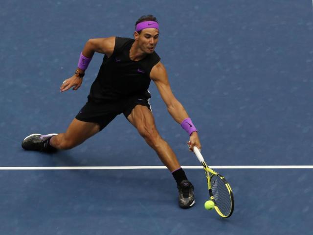 Chung kết US Open: Medvedev phản công lợi hại, Nadal nỗ lực vẫn bó tay