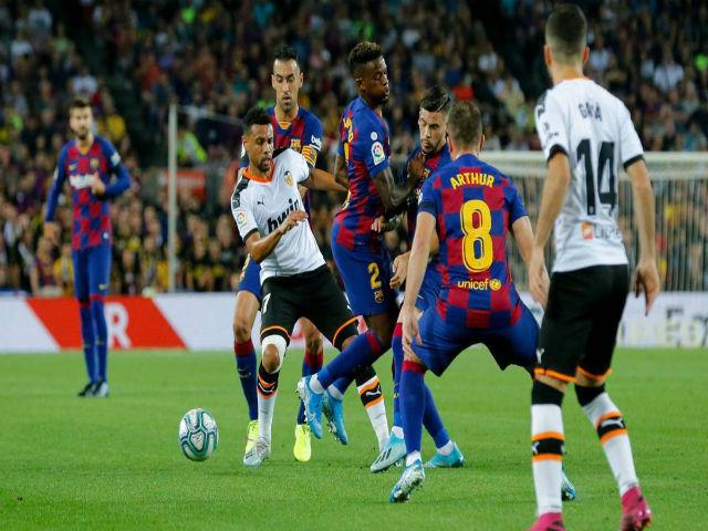 """Video highlight trận Barcelona - Valencia: Thần đồng """"mở khóa"""", bữa tiệc 7 bàn mãn nhãn"""