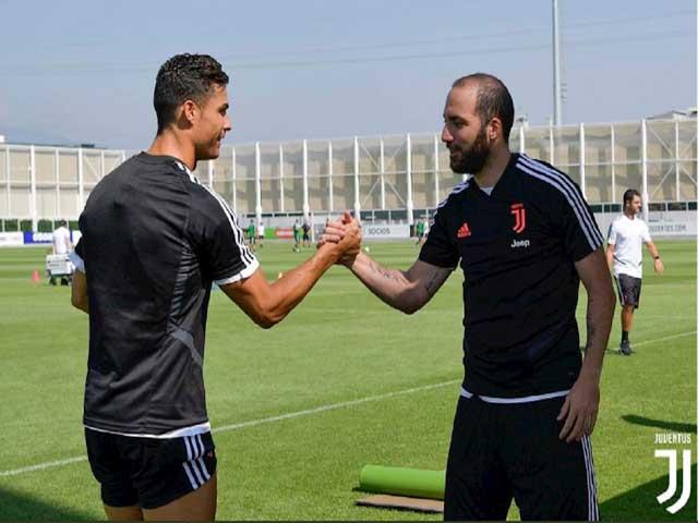 Juventus rơi chiến thắng cúp C1: Ronaldo nổi điên với Higuain, nghi án mâu thuẫn