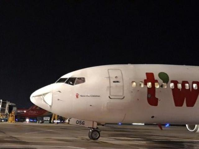 Máy bay Hàn Quốc bất ngờ phải hạ cánh khẩn cấp tại Tân Sơn Nhất