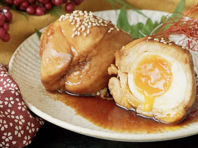 Video: Cách làm thịt gà cuộn trứng sốt Teriyaki kiểu Nhật siêu ngon lại dễ làm