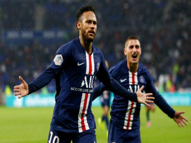 """Khốn khổ như Neymar: Ghi 2 bàn kiếm 6 điểm cho PSG, bị fan """"khủng bố"""""""