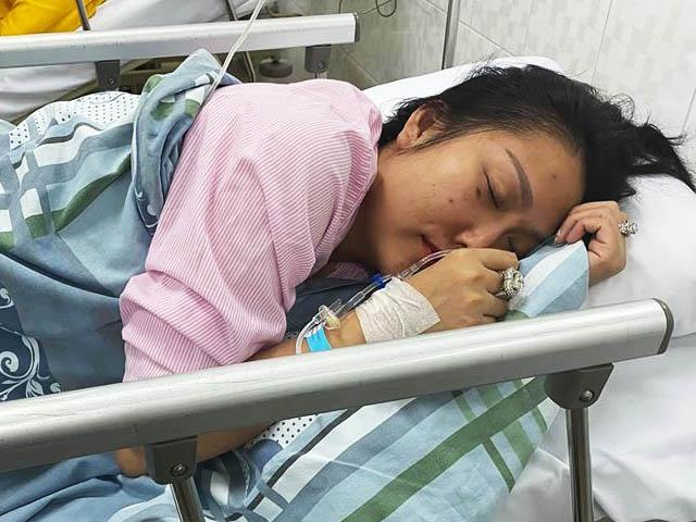 Phi Thanh Vân phải nhập viện cấp cứu khiến fan lo lắng