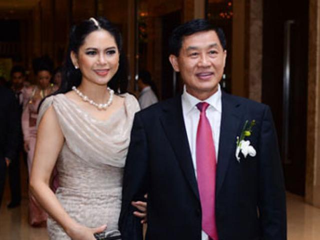 Bố chồng Hà Tăng giàu cỡ nào?